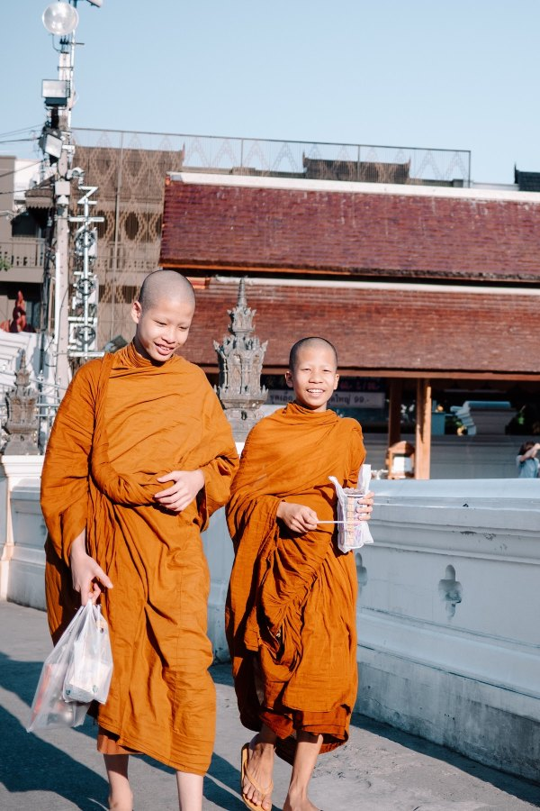 Monks in Chiang Mai, Thailand by Victor Deweerdt via Unsplash