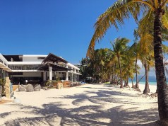 Discovery Shores Boracay's sprawling beachfront. Photo by Matthew Gomez