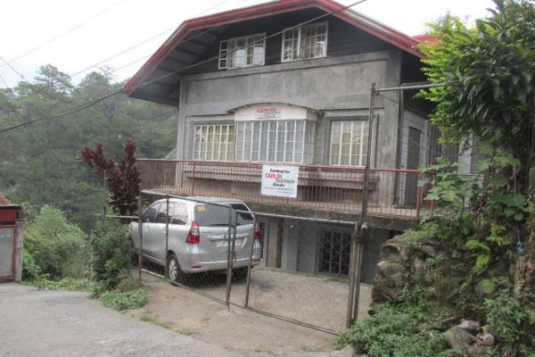 2 bedroom attic Baguio Family Transient