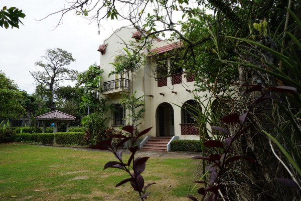 Ansestral House turned into a beautiful Bed and Breakfast Place in Silay City