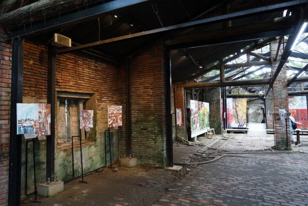 Old Warehouse turned into an Art Exhibit Hall in Anping