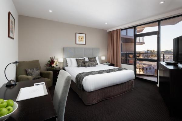 Rydges Adelaide Hotel