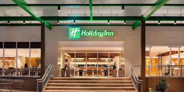 Holiday Inn Baguio City Centre Hotel Review