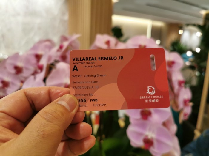 Genting Dream stateroom key card