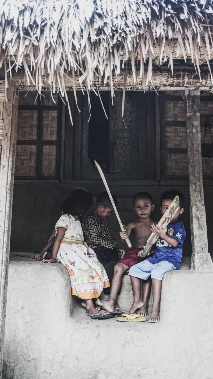 Sasak Ende Village, Lombok photo by @agnisyulia via Unsplash