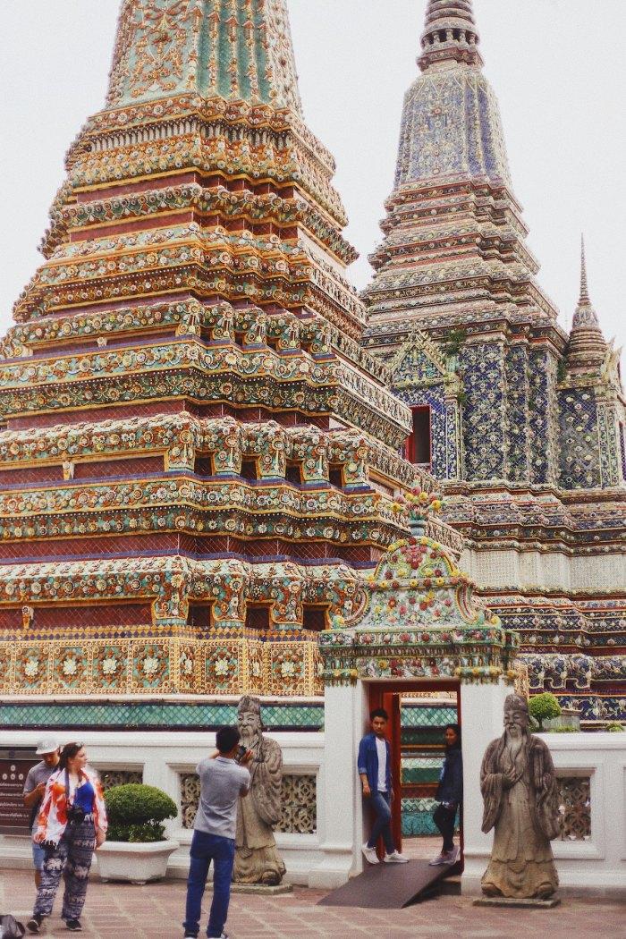 Wat Pho Temple in Bangkok by @taylorgsimpson via Unsplash