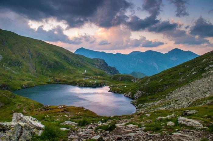 Landscape photography by @davidmarcu via Unsplash