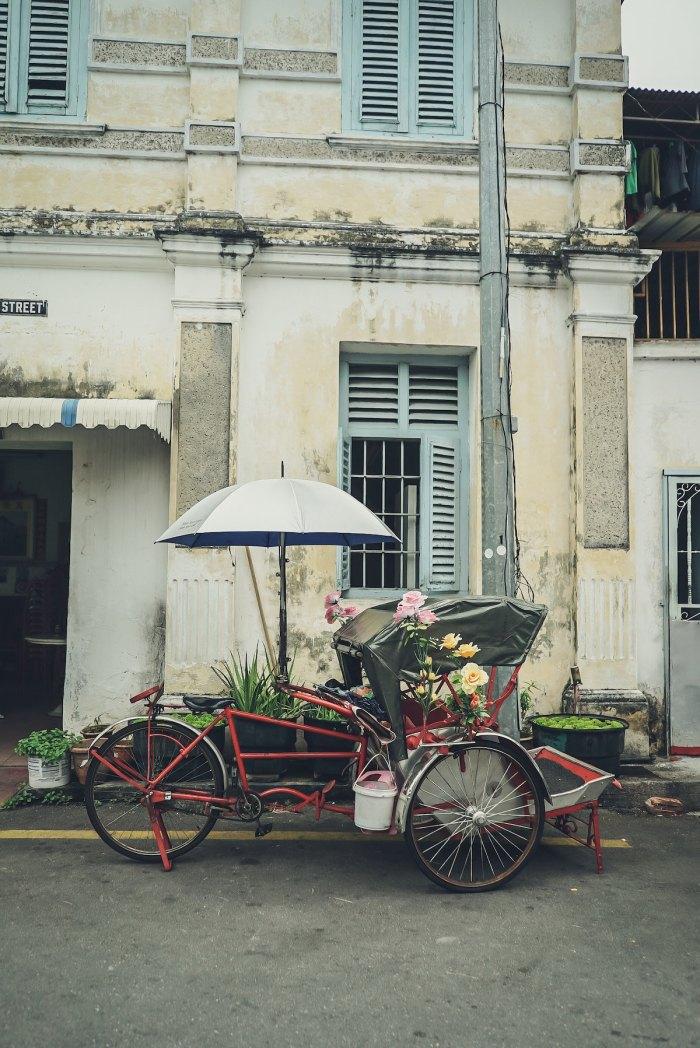 Penang Trickshaw by @freetousesoundscom via Unsplash
