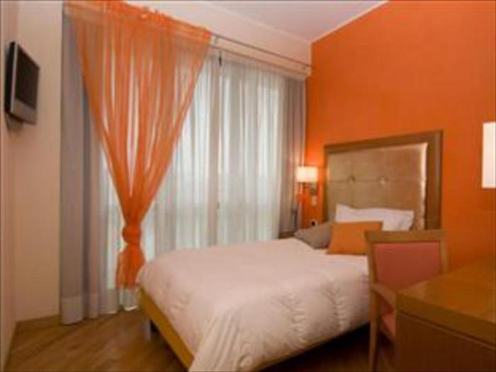 Best Price on Hotel Europa Ristorante Zaramella in Padua