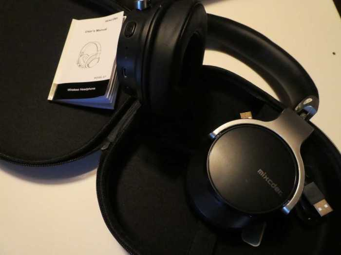 Mixcder E7 Noise-Cancelling Headphones
