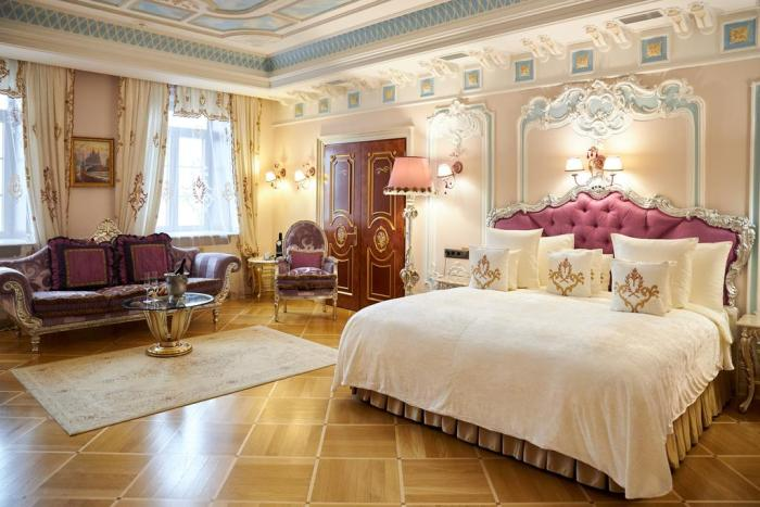 Luxurious room at the Trezzini Palace Boutique Hotel