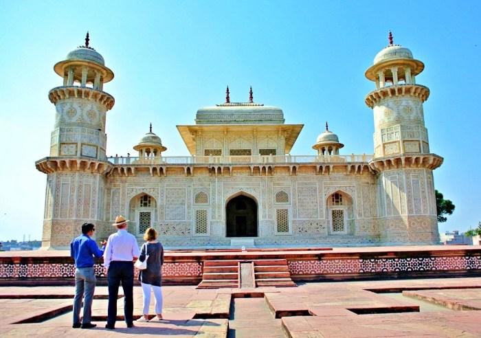 Home.fit Tomb-of-Itimad-ud-Daulah-Baby-Taj-Mahal Travel Guide to Taj Mahal in Agra, India