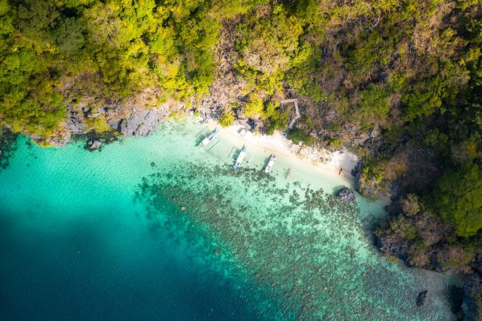 Safety marshalls to ensure physical distancing when Philippine beaches, resorts reopen photo by Jules-bss via unsplash
