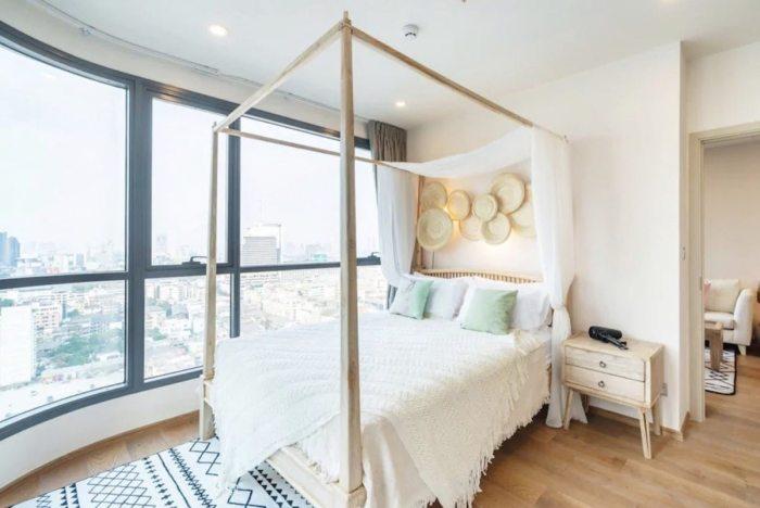Airbnb Apartment corner unit in Bangkok
