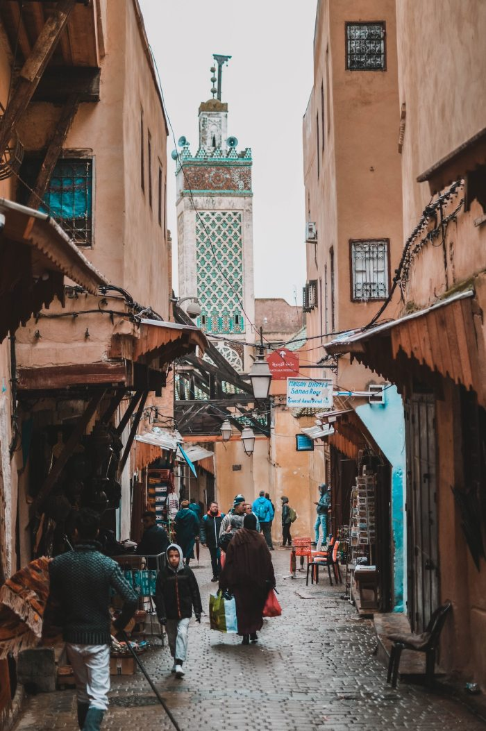 Exploring the streets of Old Fez by Carlos Ibanez via unsplash