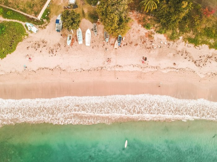 Beach in Mauritius by Guillaume Baudusseau via unsplash