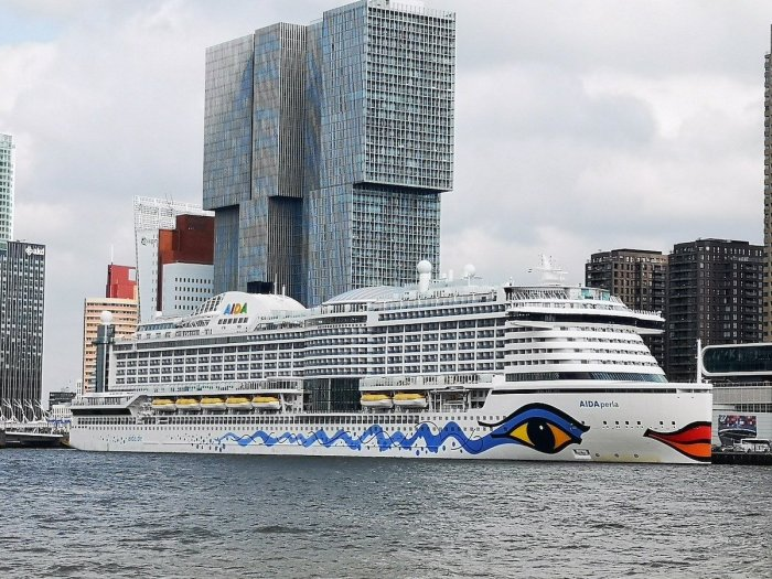 Cruise Ship in Rotterdam - Best Things to do in Rotterdam
