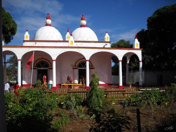 Maheswarnath Mandir Vishnu Temple in Mauritius by Carrotmadman6 via Wikipedia CC