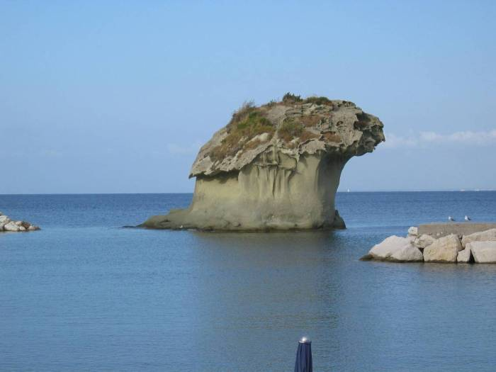The Fungo (mushroom) sea rock in Lacco Ameno by Gerd Fahrenhorst via Wikipedia CC