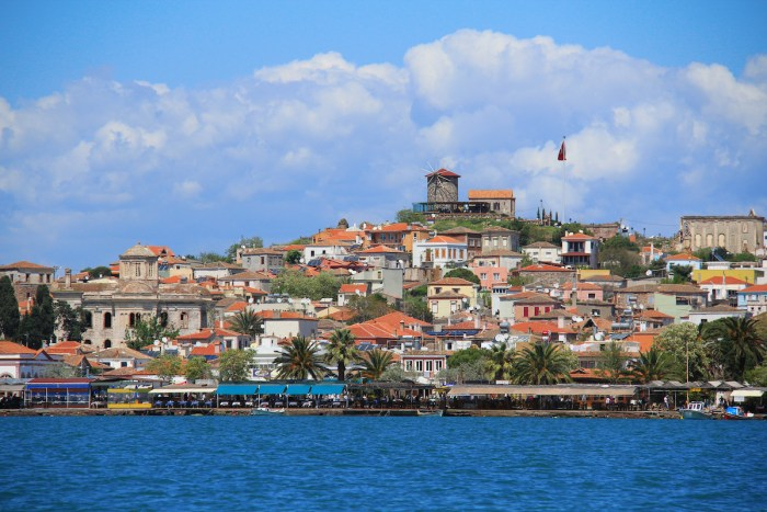 View of the old town, Cunda, Ayvalik, Turkey via Depositphotos