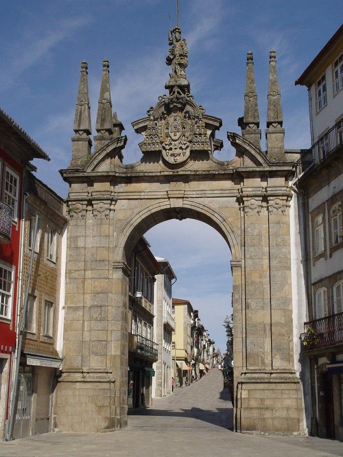 Arco da Porta Nova - Best Things to do in Braga photo via Wikipedia CC