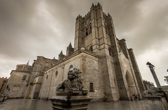 Home.fit Avila-Cathedral-Spain Avila Bucket List: Top 15 Best Things to Do in Avila, Spain
