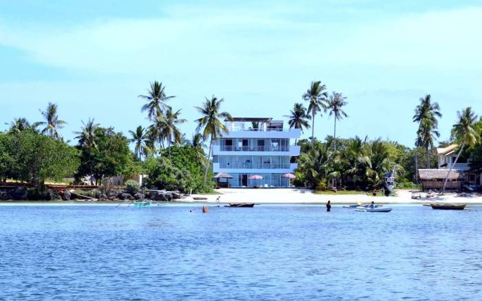 Bohol South Beach Hotel