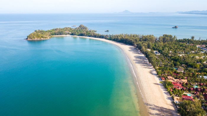 Klong Dao Beach in Koh Lanta Island photo via Depositphotos