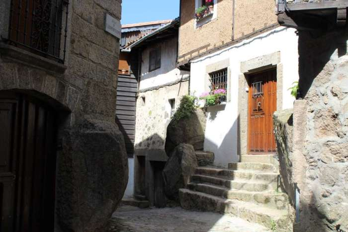 Narrow streets and Old Stone houses in La Alberca