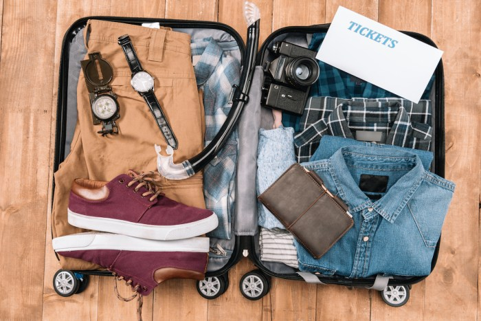 Tips on How to Pack Light photo via DepositPhotos