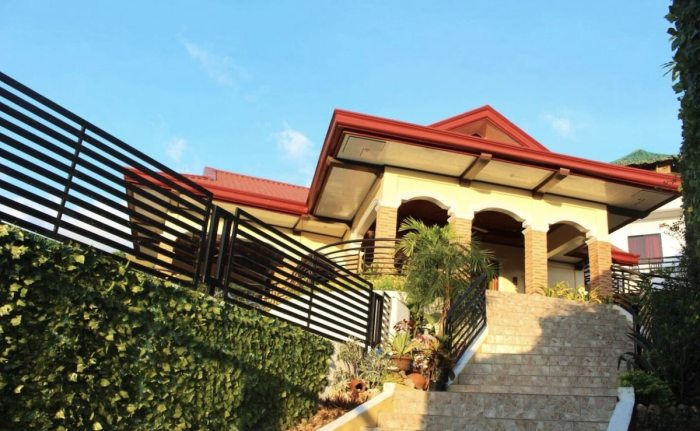 Twinhouse vacation rental in Coron