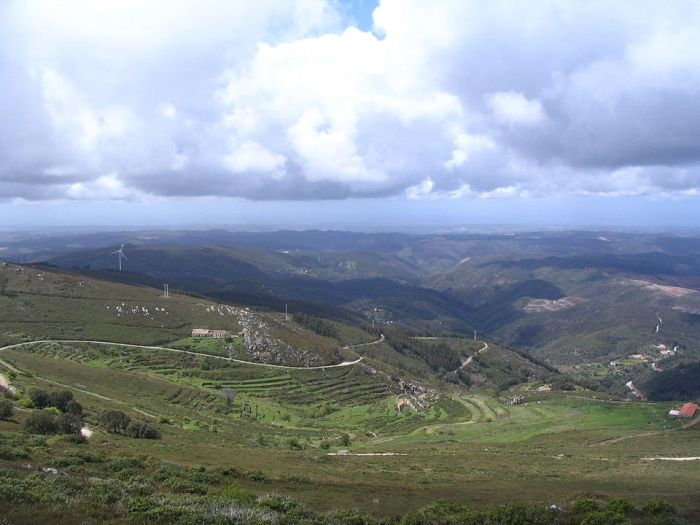 Serra de Monchique by Patrice78500 via Wikipedia CC