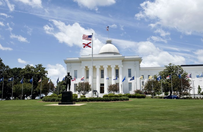State Capital Building of Alabama photo via Depositphotos