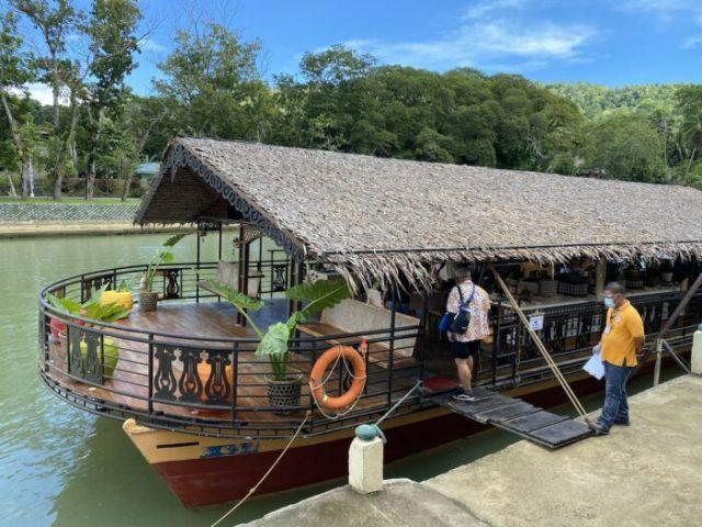 Loboc Floating Restaurant