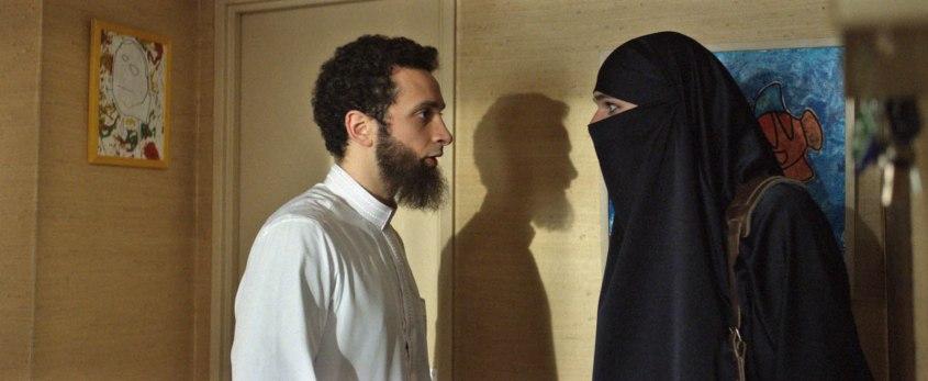 due sotto il burqa-outoutmagazine3.jpg