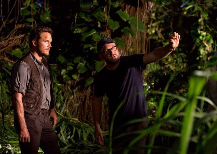 Jurassic-World-Director-Colin-Trevorrow-and-Chris-Pratt.jpg