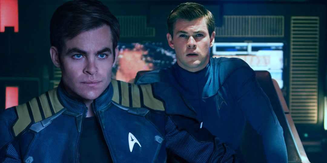 Star Trek 4 - outoutmagazine 3.jpg