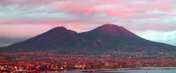 Napoli ospita il cinema all'aperto - Out Out Magazine (2).jpg
