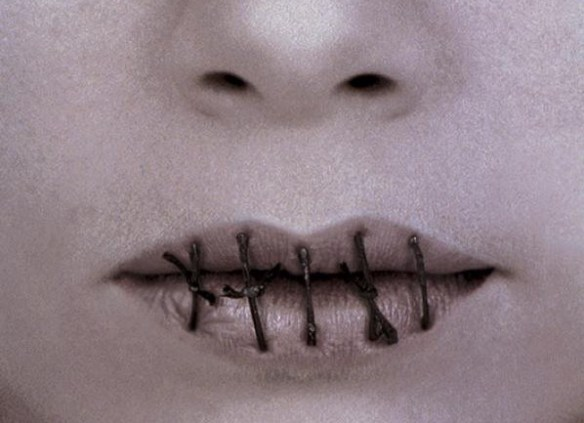 campaign-against-anorexia-mouth-small-84069
