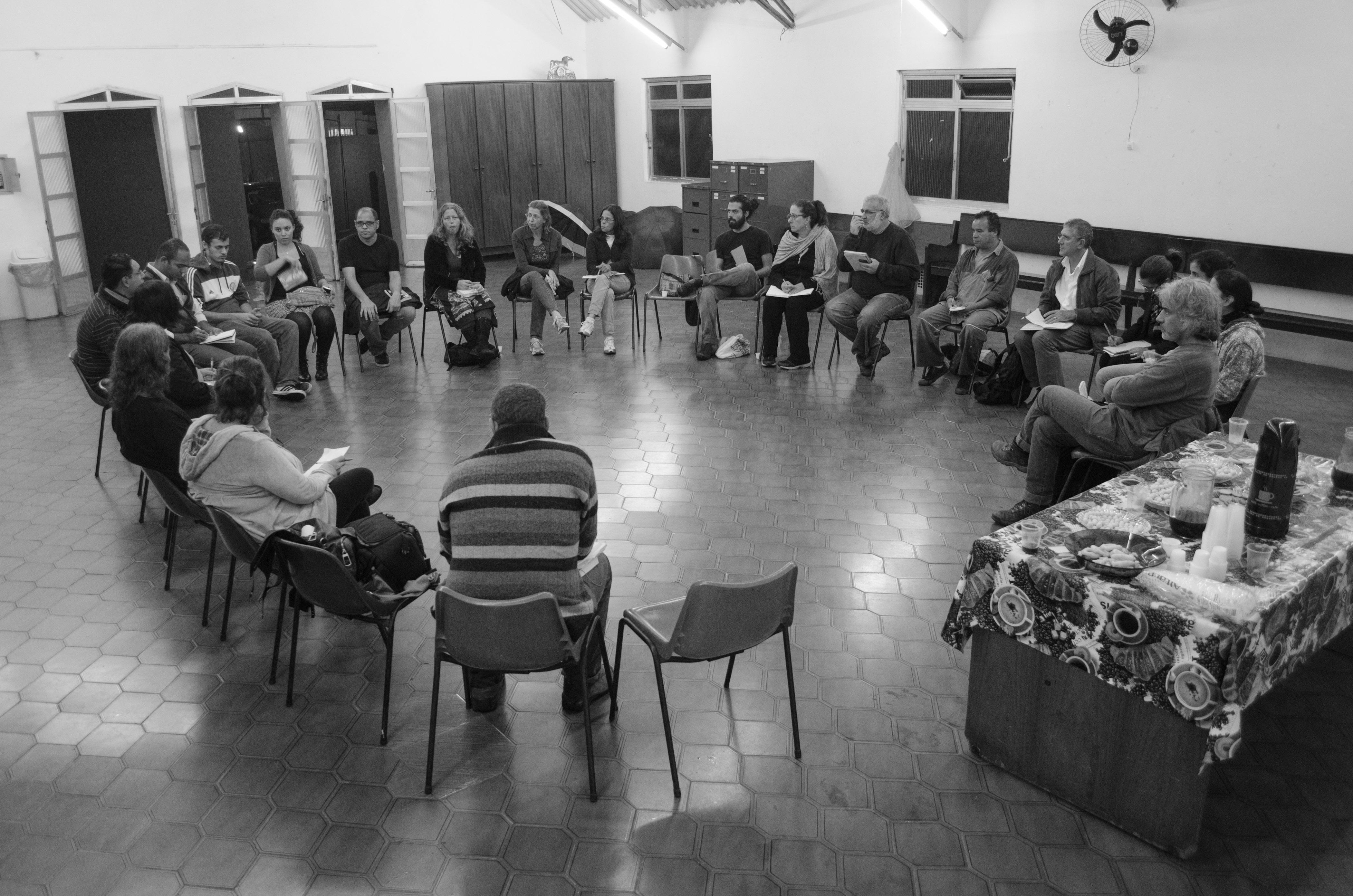 Movimento pela Reapropriação da Fábrica de Cimento de Perus reúne diversos coletivos e moradores. Foto: Tony Miotto.