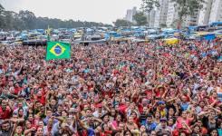 """<i>Outros Quinhentos</i> sorteia """"MTST 20 anos de história – Luta, organização e esperança nas periferias do Brasil"""""""