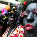 No carnaval a multidão se faz poeta