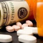 Medicamentos, muito dinheiro, fraudes infinitas