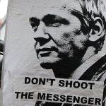 Especial: a apresentação do livro Julian Assange
