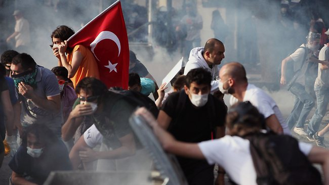 926518-130603-turkey-protest