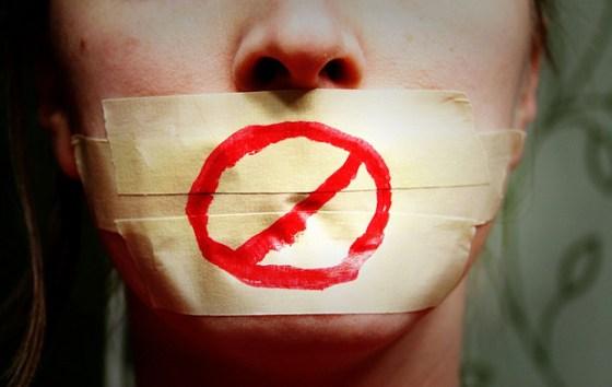 130815-censura