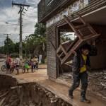 O tsunami fluvial que encanta e devasta o Acre