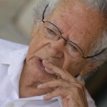 """Thiago de Mello, 91: """"vivemos ocupação estrangeira"""""""
