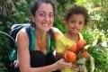Na periferia da grande metrópole, agricultores cultivam fruta sem venenos – e organizam, em abril, colheita solidária. É uma festa, […]