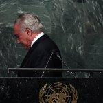 Na ONU, cabisbaixo e de mãos vazias